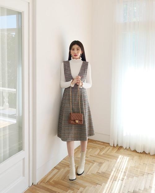 5 kiểu mặc layer với áo len để nàng công sở vừa ấm vừa xinh - Ảnh 5