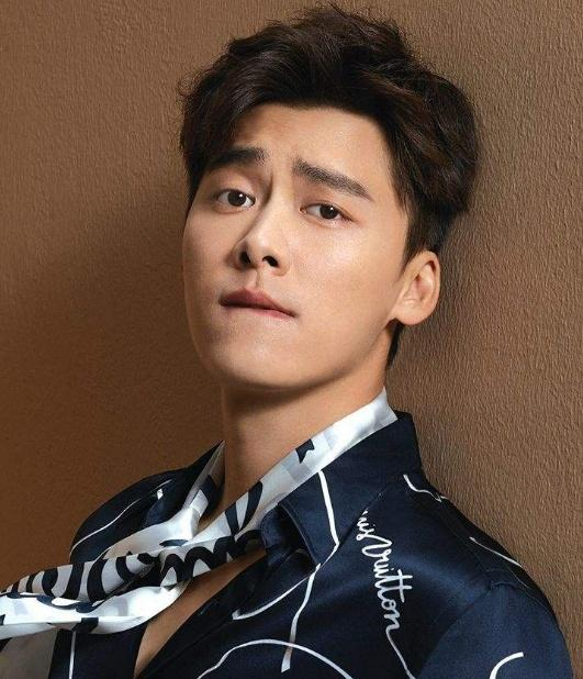 Danh sách 10 nam diễn viên Hoa ngữ có chỉ số truyền thông cao nhất năm 2018 - Ảnh 11