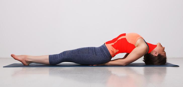 Muốn diện đồ Tết thật đẹp, hãy tập ngay 10 tư thế yoga này để giảm cân, sở hữu vóc dáng thon gọn nhanh chóng - Ảnh 10