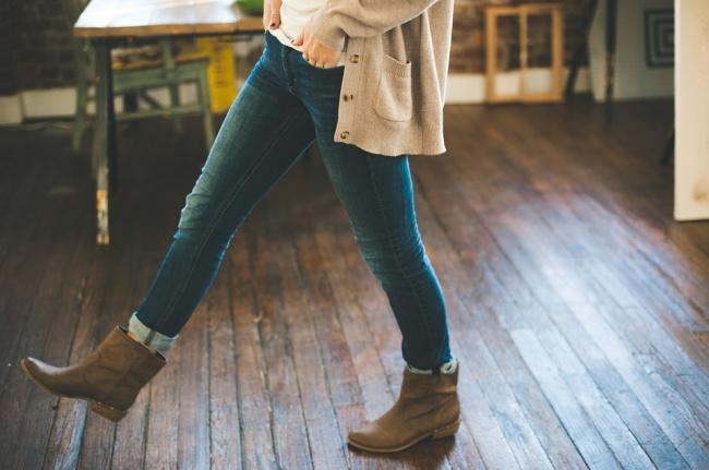 Nếu không muốn tổn hại đến sức khỏe, phụ nữ nên tránh xa 10 món đồ thời trang này - Ảnh 1