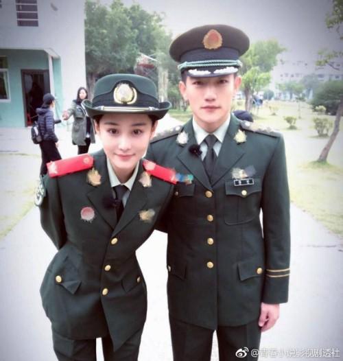 Tình địch của Phạm Băng Băng khiến fan bấn loạn khi khoe chồng 'soái ca' ngày đầu năm mới - Ảnh 5