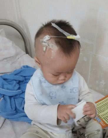 Con gái 3 tuổi bị ung thư máu, mẹ tìm ra nguyên nhân rồi bủn rủn chân tay vì biết thủ phạm là chính mình  - Ảnh 1