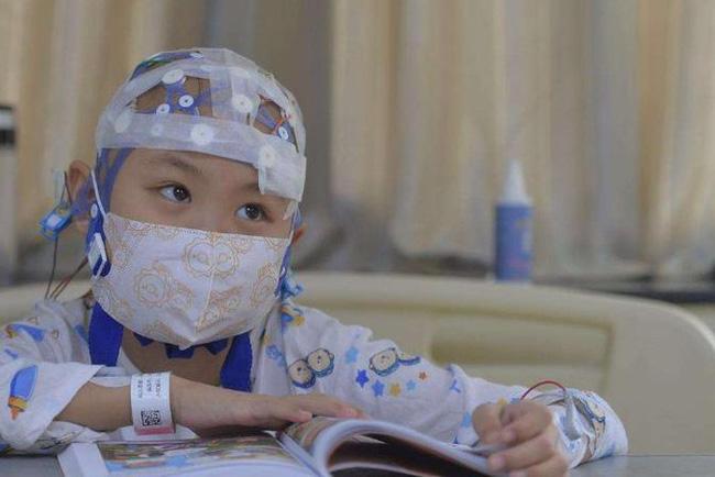 Con gái 3 tuổi bị ung thư máu, mẹ tìm ra nguyên nhân rồi bủn rủn chân tay vì biết thủ phạm là chính mình  - Ảnh 3