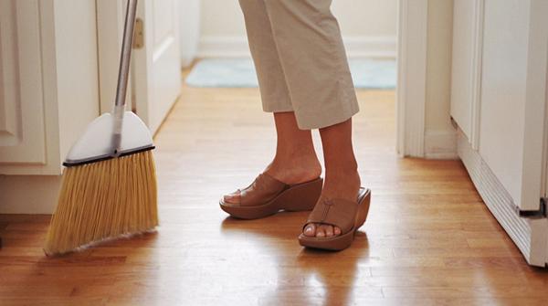 Dọn dẹp nhà cửa đón Tết cũng có thể giúp bạn giảm cân - Ảnh 1