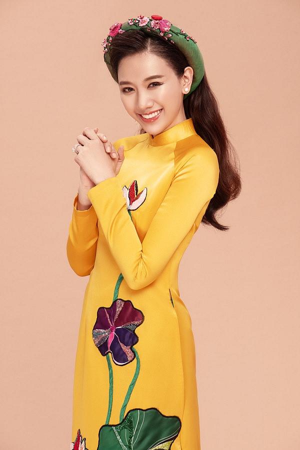 Lung linh trong tà áo dài với cách trang điểm học hỏi từ sao Việt - Ảnh 1