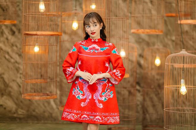Lung linh trong tà áo dài với cách trang điểm học hỏi từ sao Việt - Ảnh 9