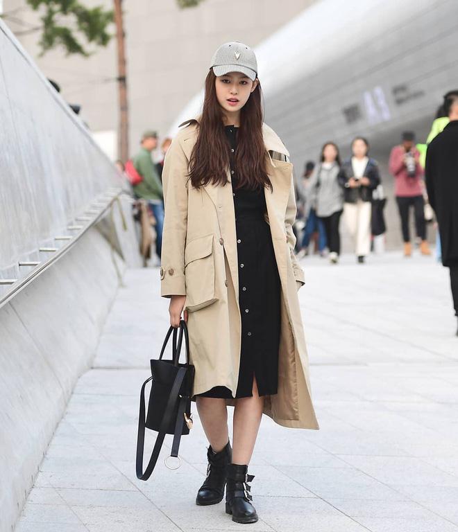 Street style giới trẻ Hàn tuần qua: nữ tính, cá tính, chất chơi 'chiêu' nào cũng có và đều đẹp ngất ngây - Ảnh 6