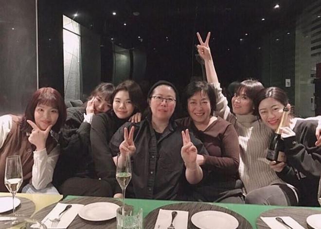 Bạn thân Song Hye Kyo bị chê xấu, ném đá sau tin cặp kè Song Joong Ki - Ảnh 8