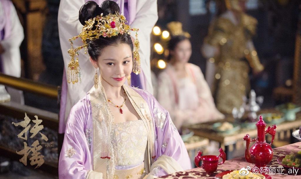 'Đông Hoa Đế Quân' – Cao Vỹ Quang bị phát hiện qua đêm cùng gái trẻ - Ảnh 10