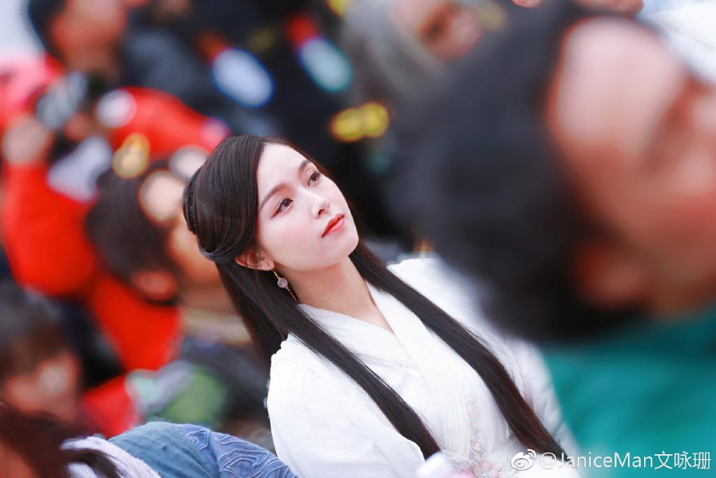 Dung nhan cô gái từng khiến Tạ Đình Phong trúng tiếng sét ái tình, Trần Quán Hy tình nguyện cai thuốc - Ảnh 4