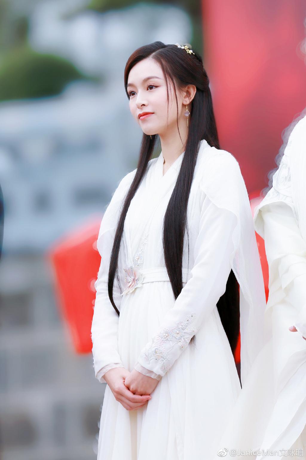 Dung nhan cô gái từng khiến Tạ Đình Phong trúng tiếng sét ái tình, Trần Quán Hy tình nguyện cai thuốc - Ảnh 5