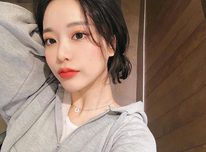 """""""Glass skin"""" của người Hàn hay """"Mochi Skin"""" như gái Nhật: Đâu mới là bí kíp giúp bạn có làn da hoàn mỹ? - Ảnh 1"""