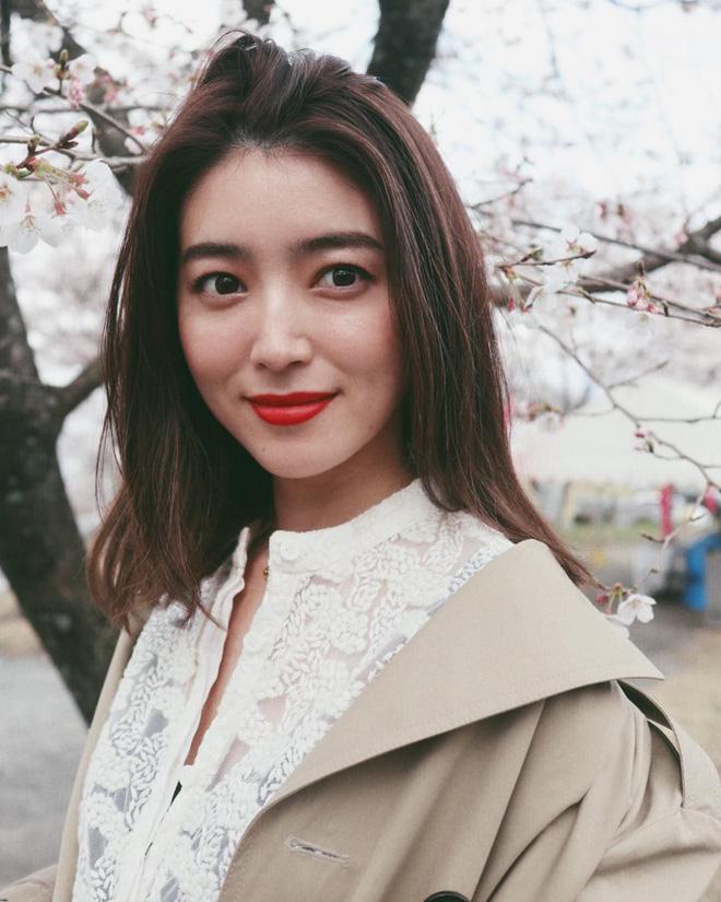 """""""Glass skin"""" của người Hàn hay """"Mochi Skin"""" như gái Nhật: Đâu mới là bí kíp giúp bạn có làn da hoàn mỹ? - Ảnh 7"""