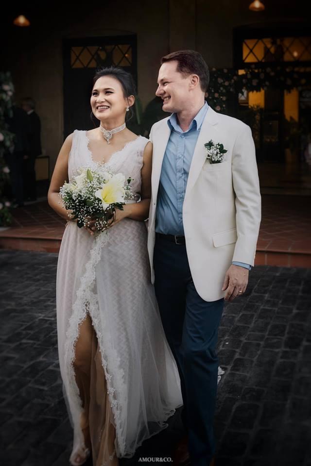 Sau hơn nửa năm ly hôn, chồng Tây của Hồng Nhung hạnh phúccưới vợ mới - Ảnh 4