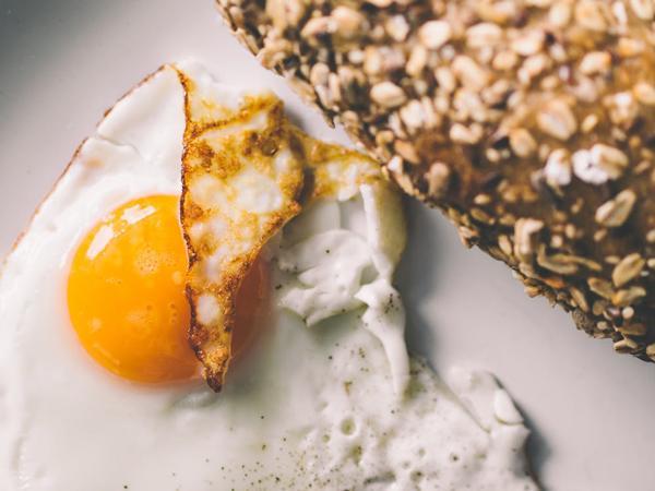 6 kiểu ăn trứng cực tai hại chị em cẩn thận kẻo rước bệnh - Ảnh 3