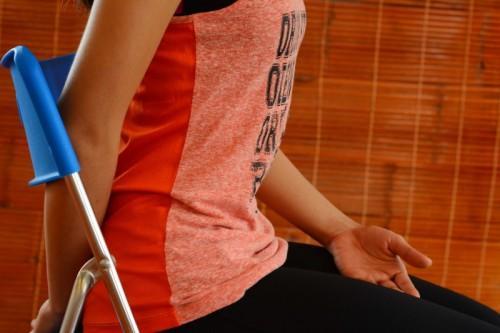 Bài tập yoga buổi sáng chỉ mất 2 phút này chính là bí quyết trẻ lâu của phụ nữ Nhật Bản - Ảnh 1