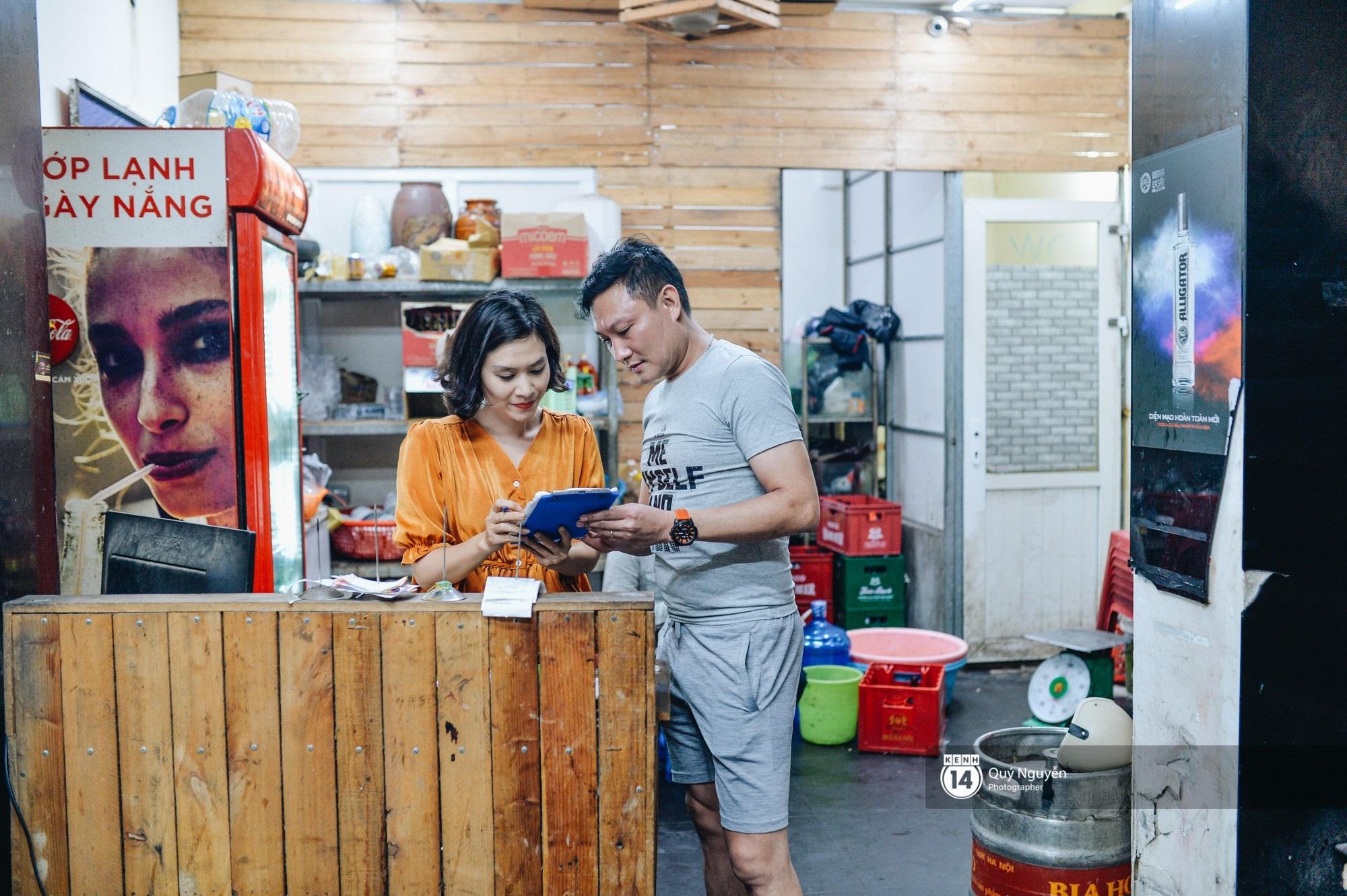 Cuộc sống hiện tại của Nguyệt trong Phía trước là bầu trời: Sáng đi dạy múa, tối về làm chủ quán bia - Ảnh 8