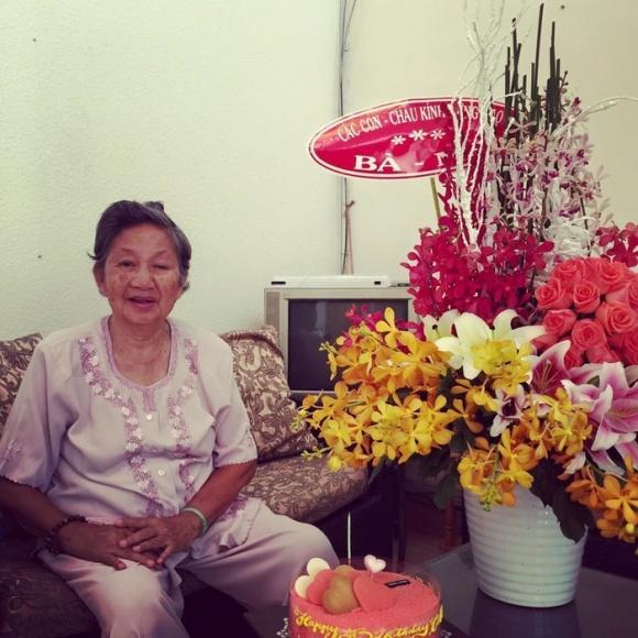 Sao Việt chia buồn khi Kim Hiền tức tốc về nước chịu tang bà ngoại - Ảnh 4