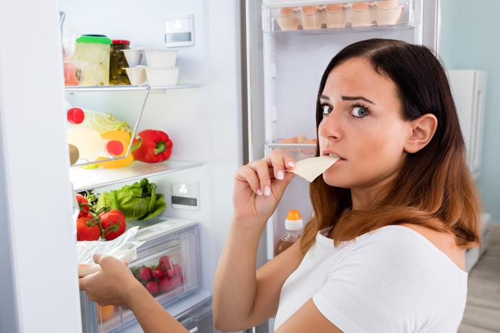 8 đồ ăn vặt có thể ăn thoải mái vào ban đêm mà không sợ béo - Ảnh 1