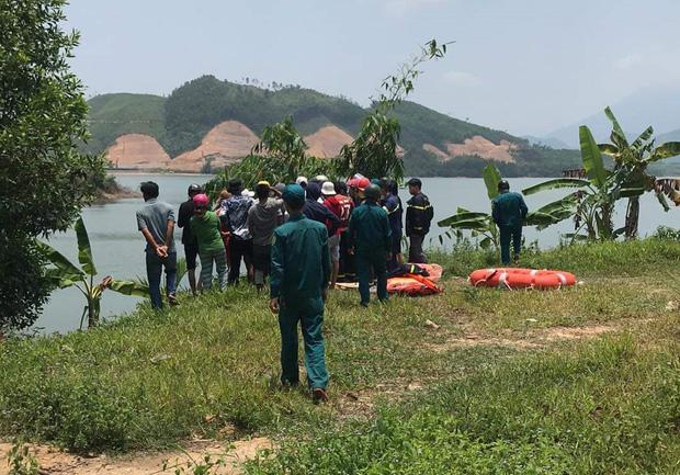 Đà Nẵng: Đi chơi lễ cùng nhóm bạn, nam du khách chết đuối ở hồ Hòa Trung - Ảnh 2