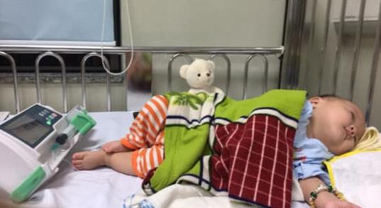 Nhật ký 1 năm nuôi con sinh non nặng 1.3kg, đi 'nghỉ dưỡng' ở viện nhiều hơn ở nhà của mẹ Nghệ An - Ảnh 8