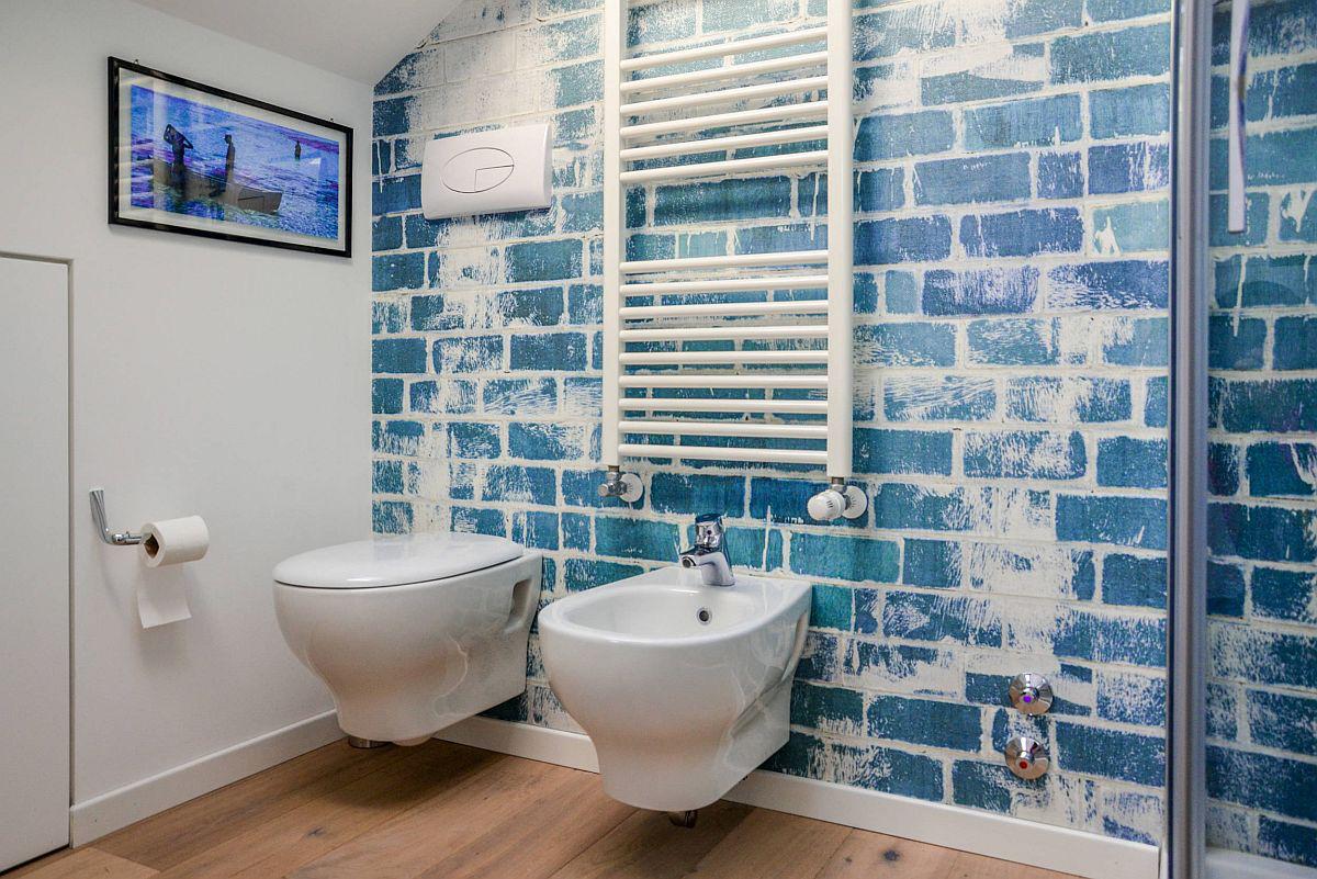 Phòng tắm mùa hè trở nên 'mát lịm' với hai gam màu trắng - xanh - Ảnh 2