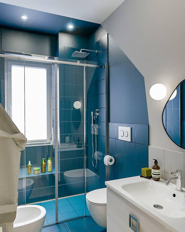 Phòng tắm mùa hè trở nên 'mát lịm' với hai gam màu trắng - xanh - Ảnh 3