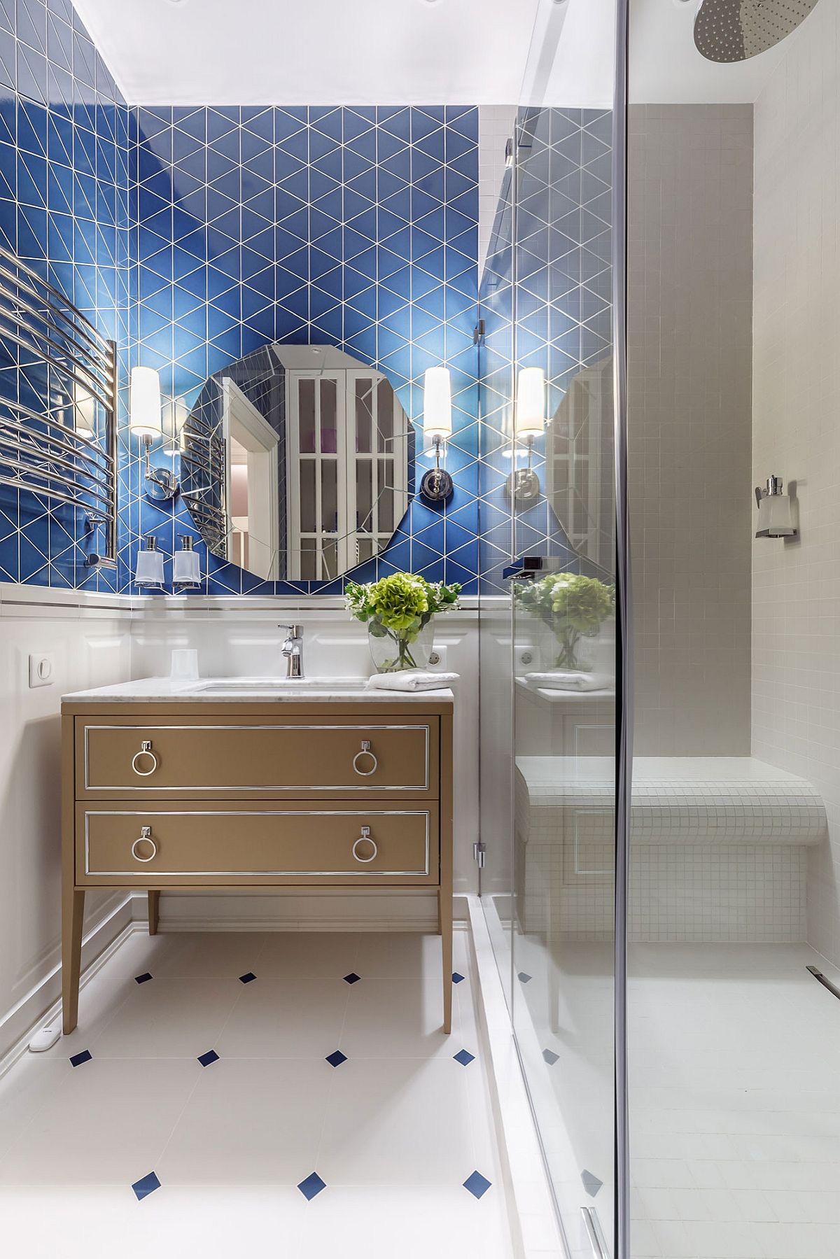 Phòng tắm mùa hè trở nên 'mát lịm' với hai gam màu trắng - xanh - Ảnh 7