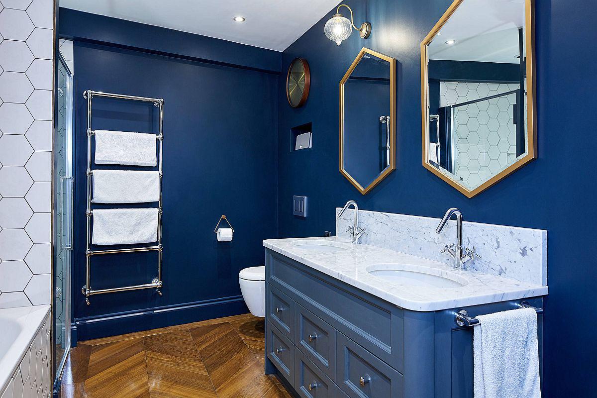 Phòng tắm mùa hè trở nên 'mát lịm' với hai gam màu trắng - xanh - Ảnh 9