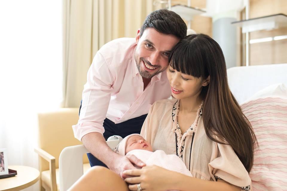 Đúng 1 tuần sau sinh, Hà Anh khoe ảnh con gái dễ thương tựa thiên thần - Ảnh 9