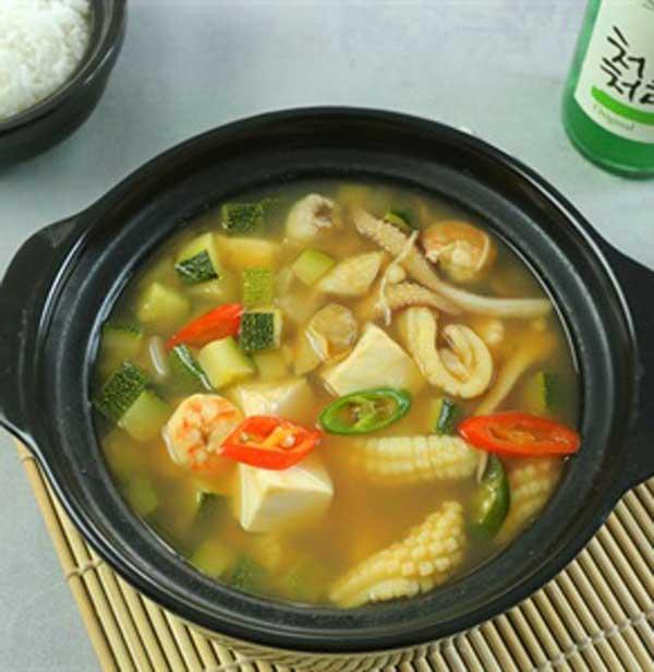 Cách nấu canh tương hải sản Hàn Quốc tại nhà - Ảnh 5