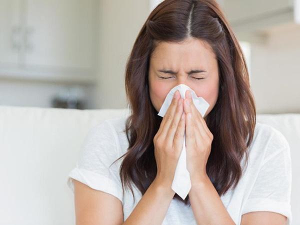 Chảy nước mũi không chỉ là triệu chứng của cảm lạnh mà có thể do bệnh nghiêm trọng khác, thậm chí cần phẫu thuật mới hết - Ảnh 2