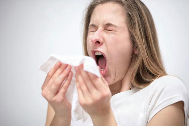 Chảy nước mũi không chỉ là triệu chứng của cảm lạnh mà có thể do bệnh nghiêm trọng khác, thậm chí cần phẫu thuật mới hết - Ảnh 3