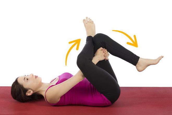 Cách giảm đau lưng nhanh chóng mà không cần tập nhiều: Chỉ kiên trì giữ yên 6 động tác - Ảnh 4