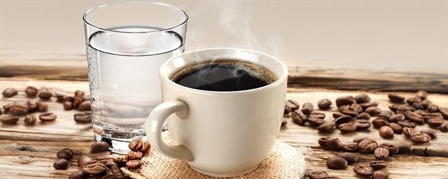 Nghiện cà phê nhưng răng vẫn sáng bóng nhờ những bí quyết này - Ảnh 3