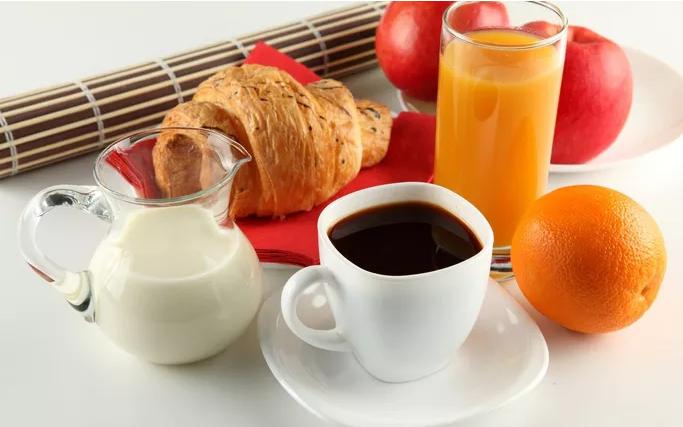 Điều kỳ diệu xảy ra khi thay 1 ly nước nước trái cây bằng 1 ly cà phê - Ảnh 1