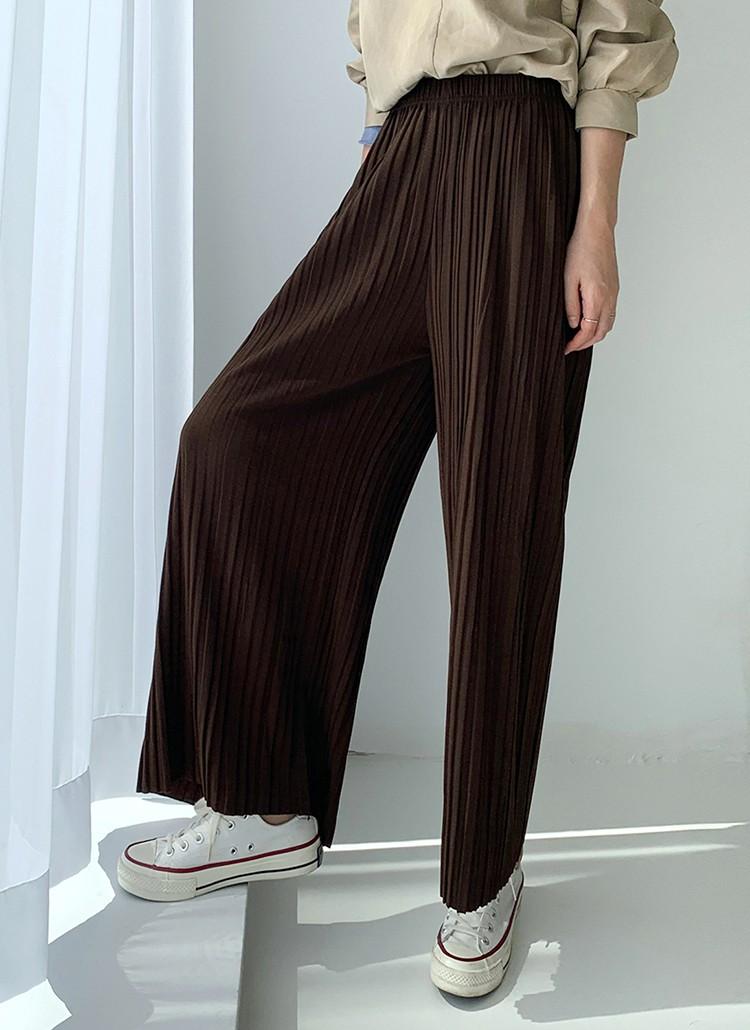 Mùa nào quần áo nấy, bạn cứ phải sắm đủ 5 mẫu quần dài sau thì mới yên tâm mặc đẹp suốt thu được - Ảnh 8
