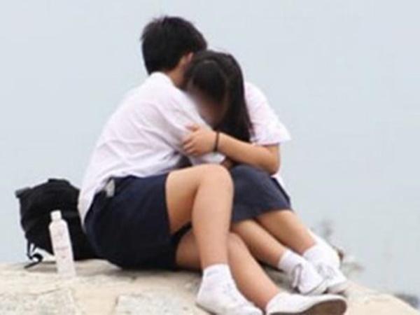 Nam sinh lớp 9 bị tố quan hệ tình dục với bé gái 11 tuổi - Ảnh 1