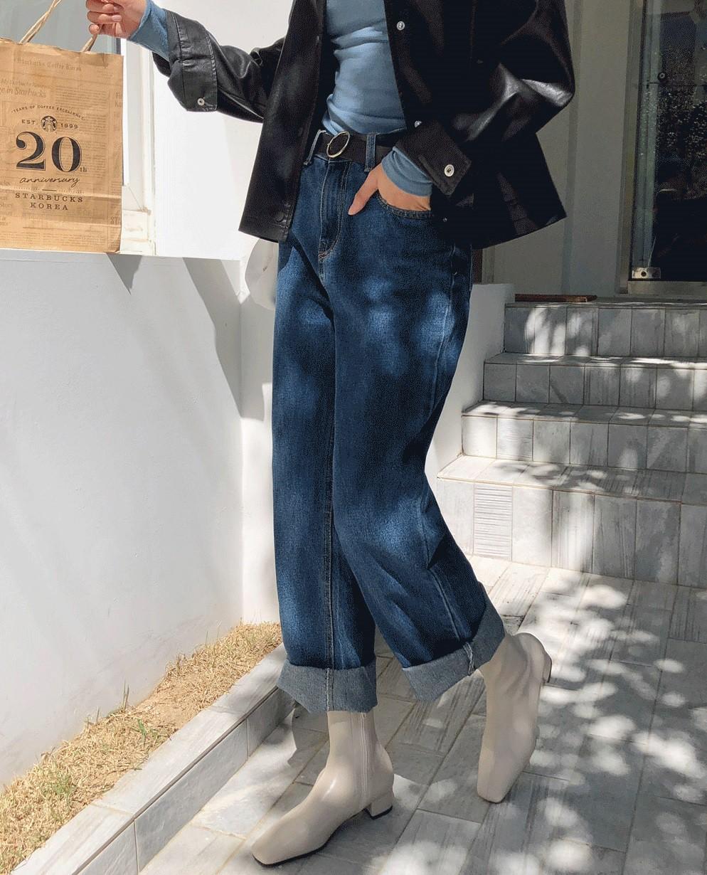 Muốn mặc đẹp không góc chết, chị em đừng sắm 4 đôi boots sau bởi kiểu thì lỗi mốt, kiểu trông đến là nhàm - Ảnh 9