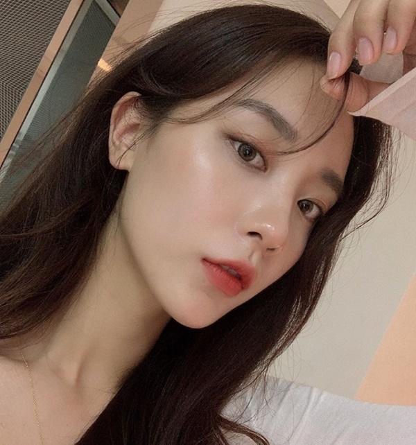 'Lột xác' thành gái Hàn với kiểu tóc mái mưa dễ tạo kiểu - Ảnh 3