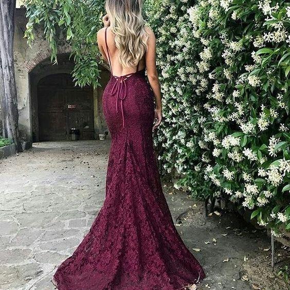 Bí quyết mặc đầm ôm đẹp dành cho mọi dáng người - Ảnh 2