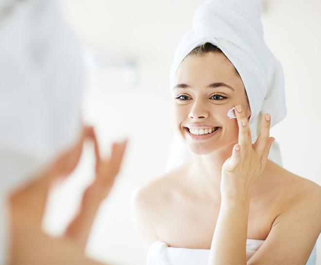 Những thói quen khi ngủ khiến làn da của bạn trở nên xấu xí - Ảnh 3