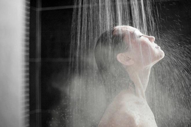 Những thói quen khi ngủ khiến làn da của bạn trở nên xấu xí - Ảnh 6
