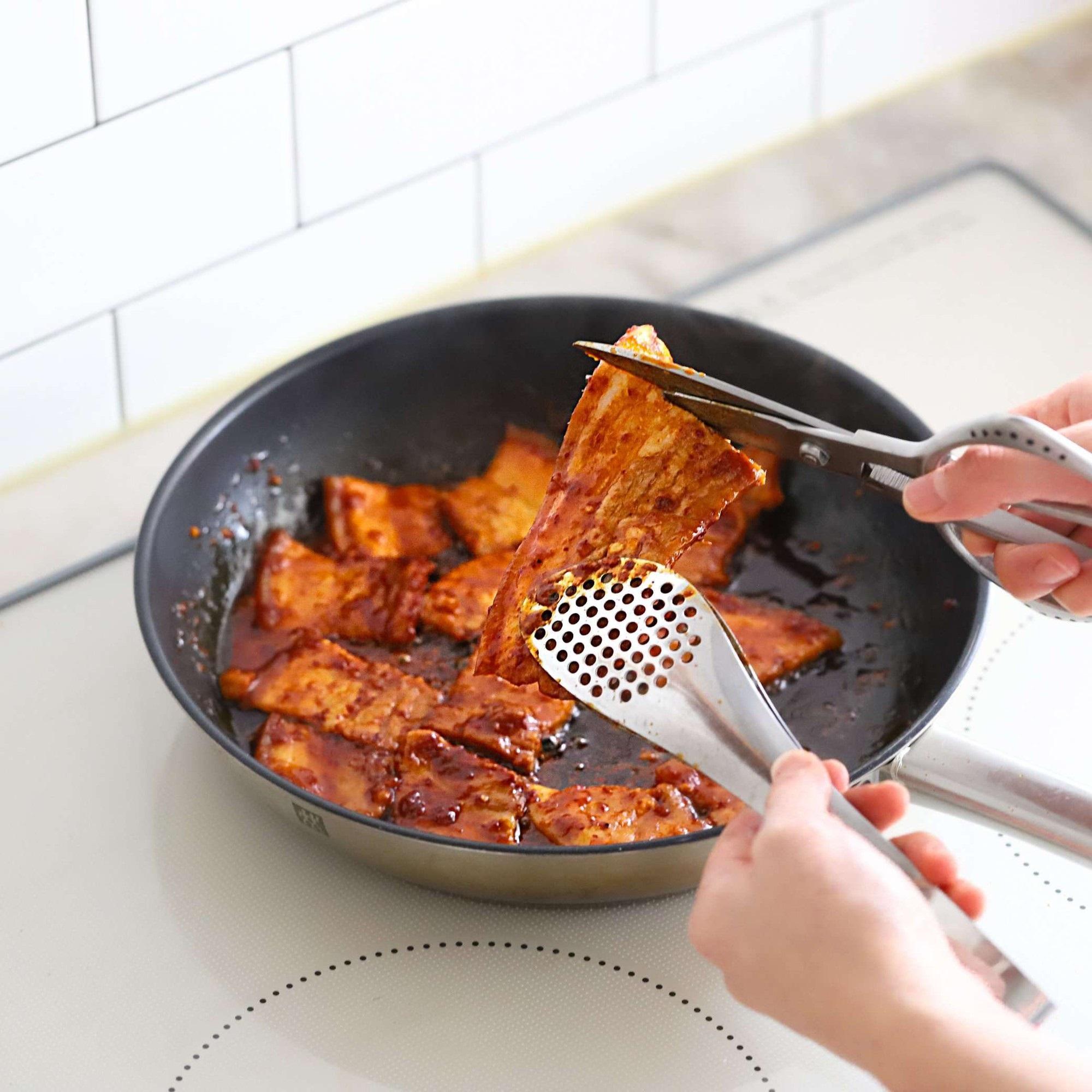 Học người Hàn cách làm món thịt áp chảo ngon ngất ngây ăn mùa lạnh hợp vô cùng - Ảnh 5