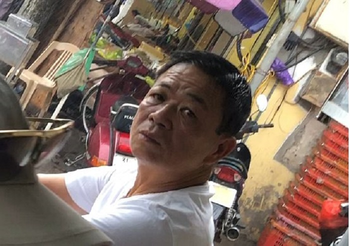 Xã hội đen 'trấn lột' ở chợ Long Biên: Bắt giam ông trùm Hưng 'kính' - Ảnh 2