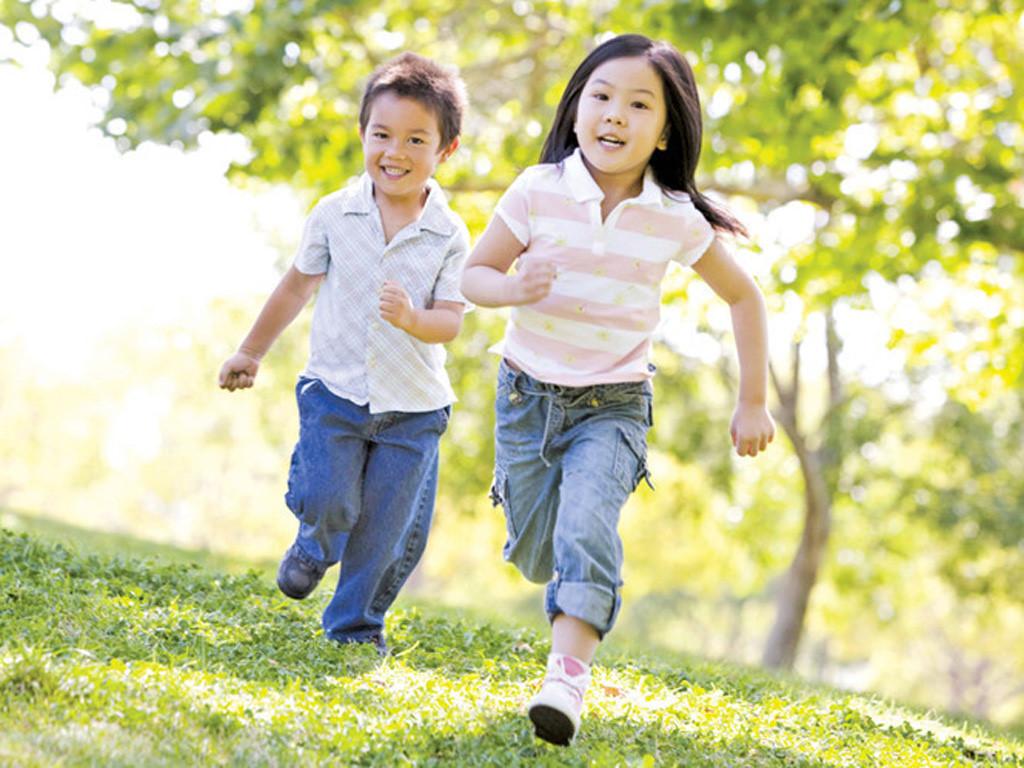 Vì sao người lớn dễ mắc virus Corona hơn trẻ em? - Ảnh 3