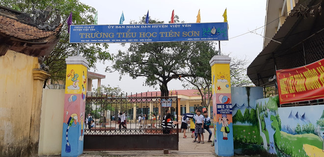 Rúng động Bắc Giang: Phụ huynh tố giáo viên chủ nhiệm U40 sàm sỡ hàng chục nữ sinh tiểu học - Ảnh 2