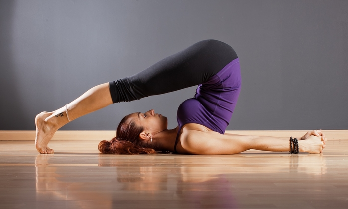 Top 5 bài yoga tuy đơn giản, dễ tập nhưng giúp trẻ hoá nhan sắc và tuổi thọ hiệu quả nhất - Ảnh 2