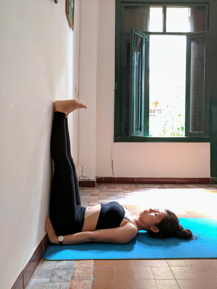 Top 5 bài yoga tuy đơn giản, dễ tập nhưng giúp trẻ hoá nhan sắc và tuổi thọ hiệu quả nhất - Ảnh 3