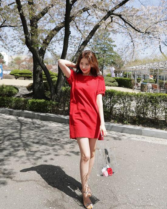 Hai mẫu túi được ưa chuộng trong xu hướng hè 2018 - Ảnh 7